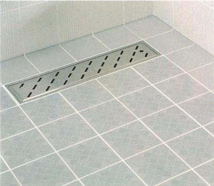 滑りにくい素材を張り巡らせた浴室