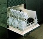 主婦が欲しがるものナンバーワン!食器洗い乾燥機はすでに一般的なアイテムです。